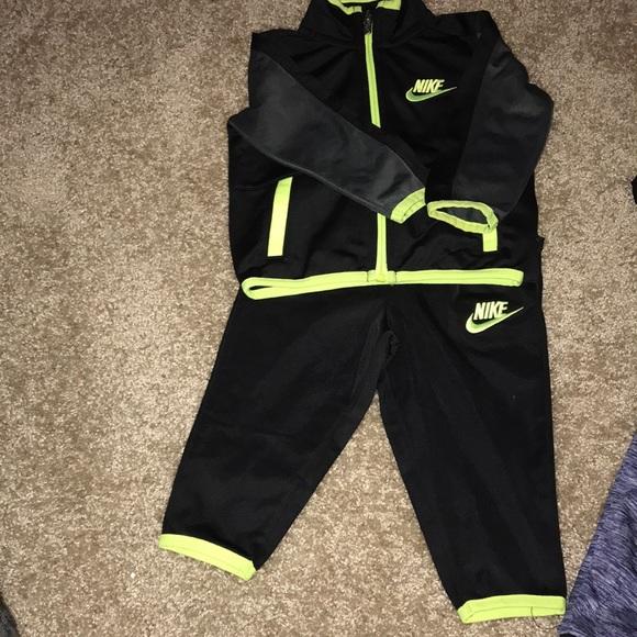 b8ad55e97 Baby Boy Nike Outfits. M_5a9495ef8df47025fb8200e6